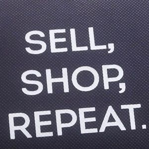 Accessories - Shop sell repeat